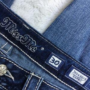 "Miss Me Jeans - Miss Me Capri Bling Jeans Size 30x20"""